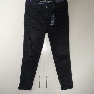 American Eagle Low Rise Distressed Jeggings -Black