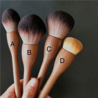 <<手工系列>>黑胡桃木化妝掃 Make Up Brushes 化妝刷