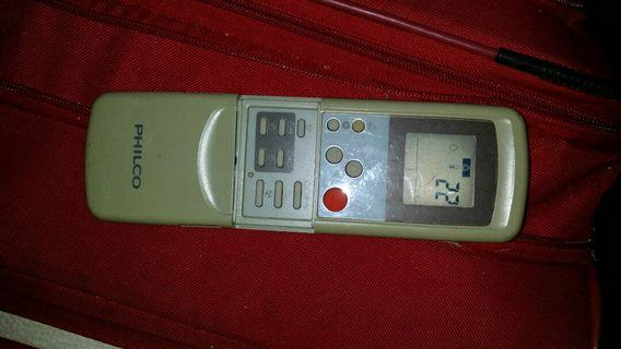 Philco 冷氣機遙控器,屯門交收,郵寄加10$ Philco air conditioner remote control, controller, trade in Tuen.Mun.station , or $10 by mail