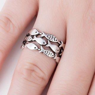 🚚 Cute Sterling Silver Fish Ring