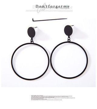🚚 大圓圈耳環
