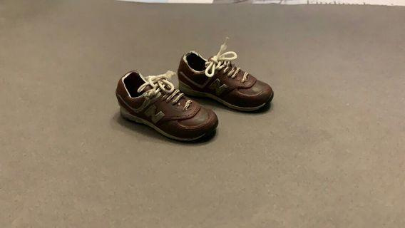 1/6 scale toys brown red new balance sport shoes