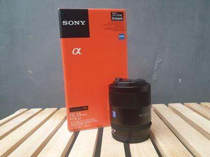 Lensa sony FE 55mm F 1.8 zeiss