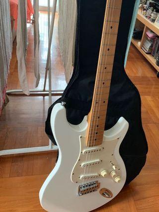 iAXE 393 Behringer Guitar