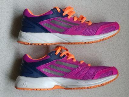 big sale 5644c 0216e Adidas Lite Arrow 2 women Running shoe - authentic