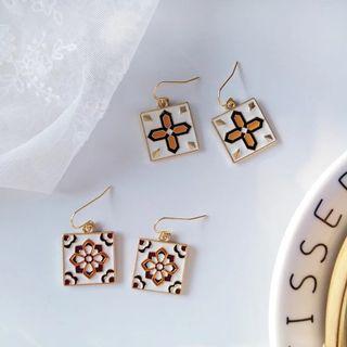 #822 harujuku uzzlang tumblr Korean Style square daggling Earrings | po