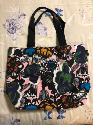 c58a9b4f6 Marimekko Tote Bag, Women's Fashion, Women's Bags & Wallets on Carousell