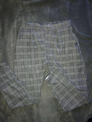 Highwaisted Plaid Trousers