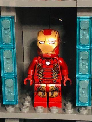 Lego Marvel Avengers Ironman MK43 armor minifigure