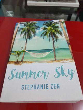 Novel Summer Sky by Stephanie Zen terbitan Gramedia Metropop