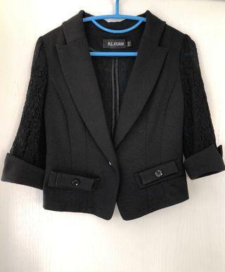 黑色蕾絲短身中袖西裝外套 lace black coat