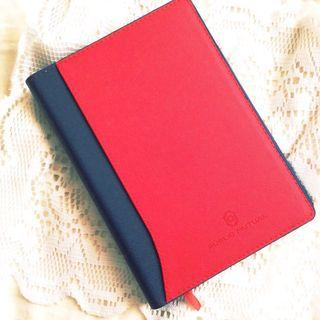 [Free with RM10 purchase] Diary / Planner from Public Mutual.