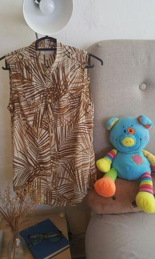 A Banana Republic Brown sleeveless top #EndgameYourExcess
