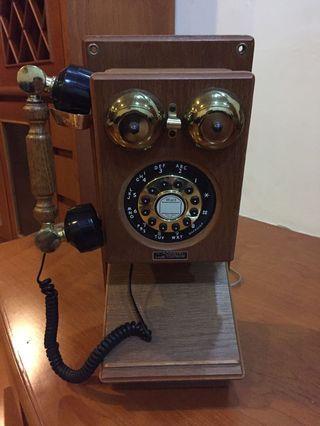 Telepon antik