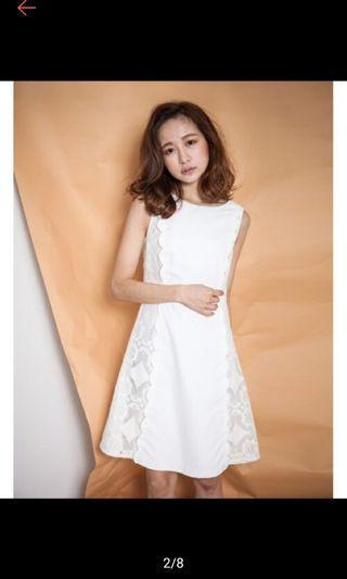 🚚 Marjorie白色拼接洋裝