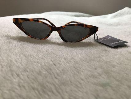 Factorie cat eye sunglasses