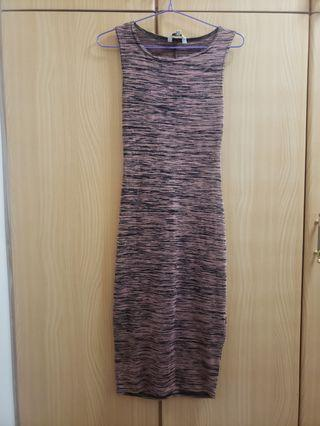 Tight fitted maxi dress