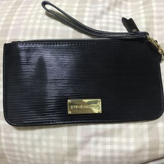 0699008eec27 MK WRISTLET, Women's Fashion, Bags & Wallets on Carousell