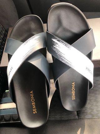 Sembonia slipper sandal