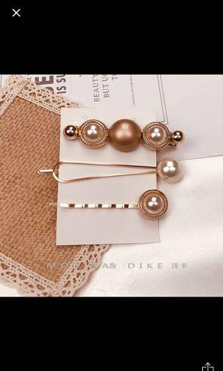 Korean Pretty Pearl Hair clips / hair pins