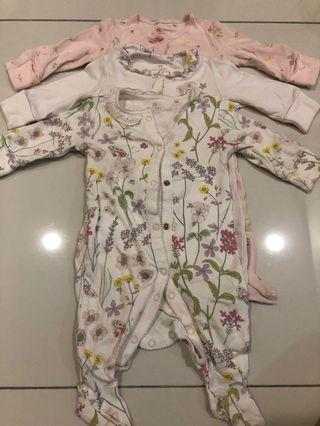 Preloved-NEXT⭐️BABY UK 3 pcs Sleepsuits Flower (0-3months)