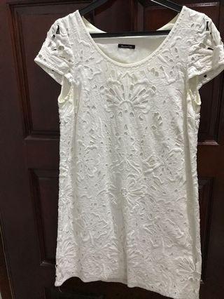 Massimo Dutti lace dress