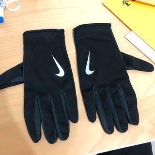 🚚 Nike手套 黑