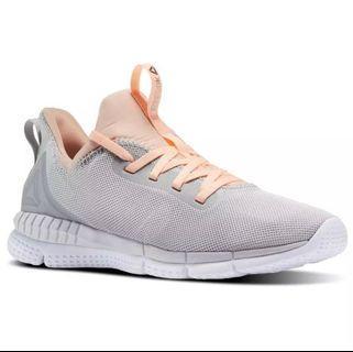 (USA6) BNWT Reebok Sportshoes