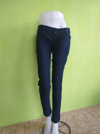Celana Panjang Jeans L.OGO