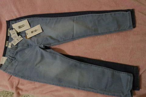 A set of 2- cotton on mid Capri and mid rise jegging size 14