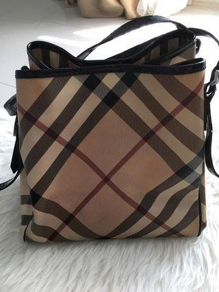 Burberry Bag - Ori & good condition