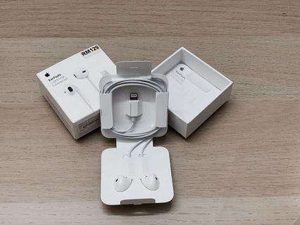 Apple lightening Earphones