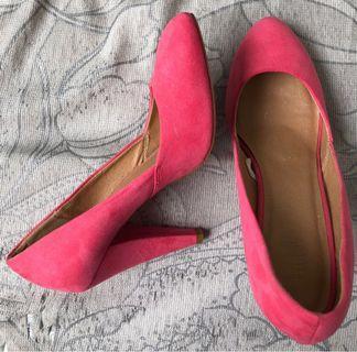 🚚 Forever 21 pink heels