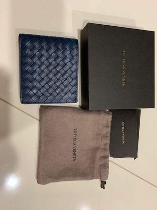 🚚 Bottega Veneta Wallet (BNIB with receipt)