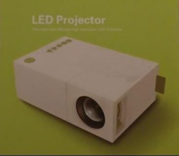 🚚 微投影機 LED projector
