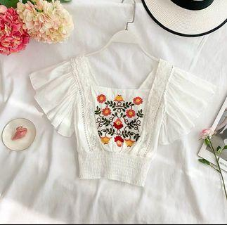 Embroidery cropped top