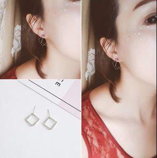 [INSTOCKS] Silver Square Hoops Earrings
