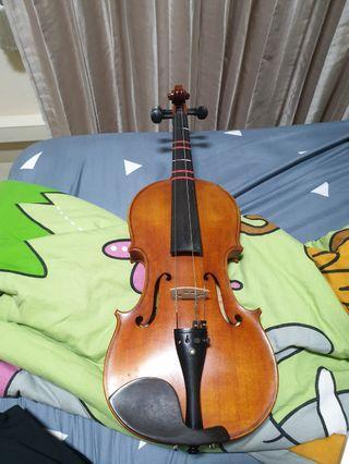 4/4 Violin (Please read description)