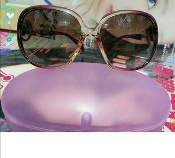 🚚 全新太陽眼鏡附盒