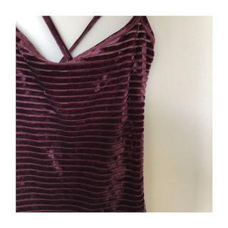 SODA Sleeveless Velvet Wine Top (Size XS)