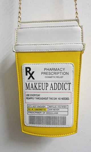 'MAKE UP ADDICT' Sling Bag