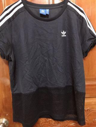 🚚 Adidas 深藍質感透氣網布t