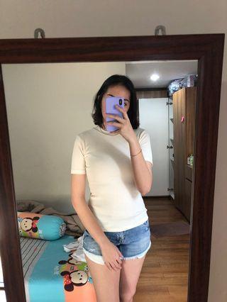Baju atasan creme