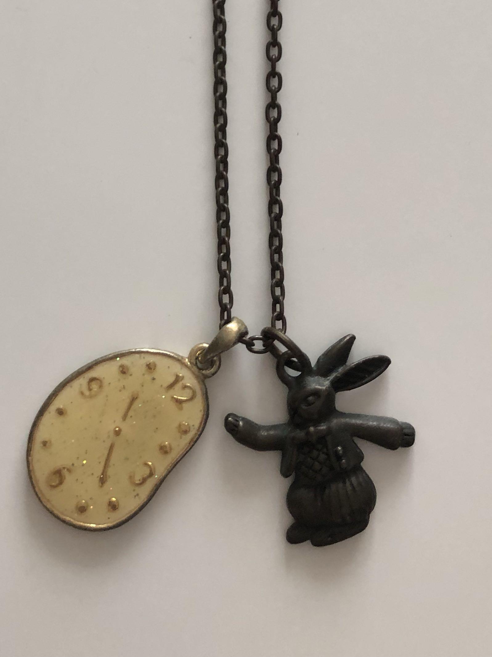 日本愛麗絲兔仔頸鍊