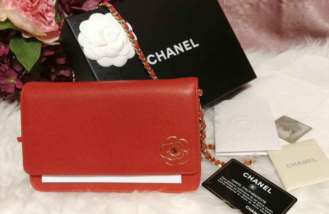 2d2ce1be7bcc 🔥Authentic Chanel Camellia WOC, Luxury, Bags & Wallets, Sling Bags ...