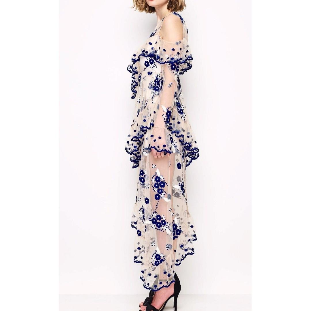 BNWT ALICE MCCALL BLUE & WHITE MIRAGE GOWN - SIZE 6 AU (RRP $590)