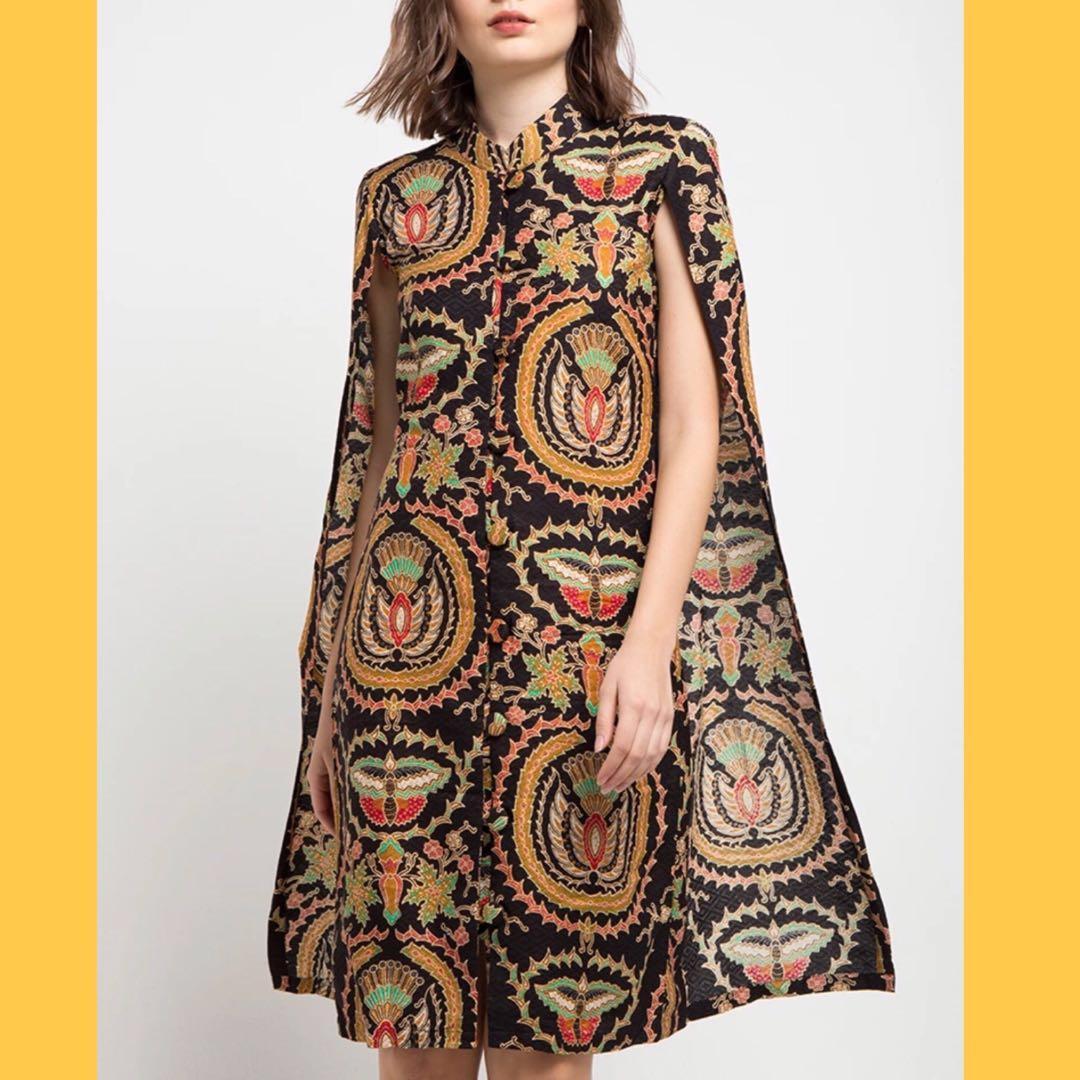 Dress Blazer Cape Batik