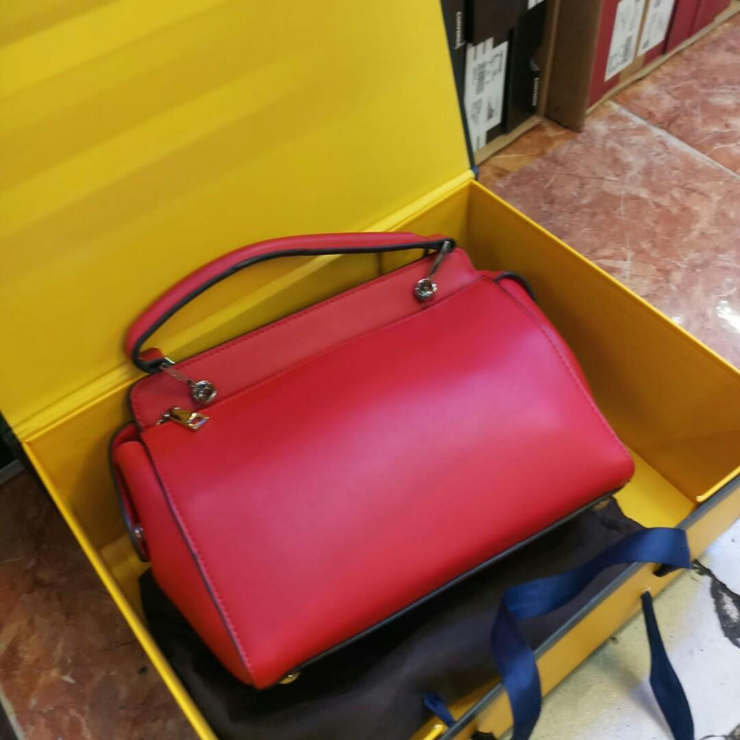 Fendi Roma Women's Hand Bag Grade 1 Ori