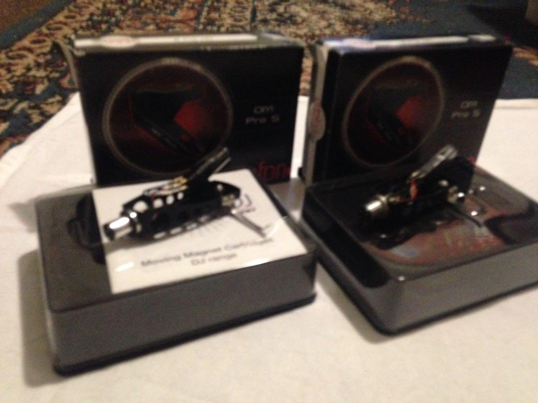 Ortofon OM 2 Brand new Pro S needles, cartridges with head shell.