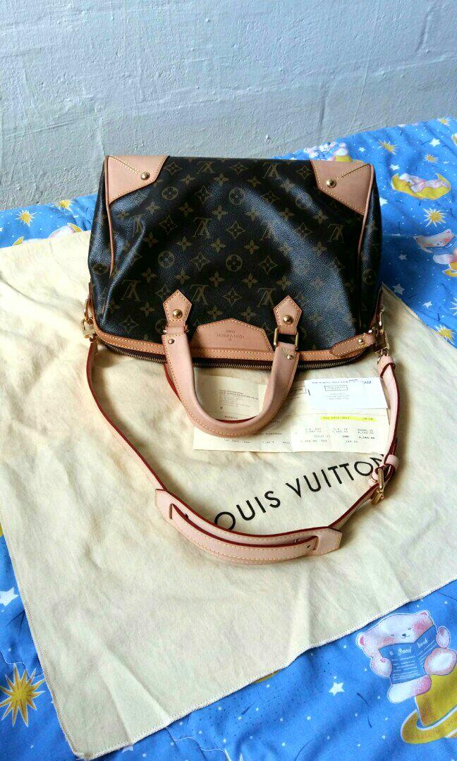 9ba8af9f4d287 Authentic Louis Vuitton Retiro PM Monogram Canvas Shoulder HandBag ...